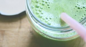 10-Reasons-Why-Drinking-One-Green-Smoothie-Day-Will-Change-Your-LIFE-FM-